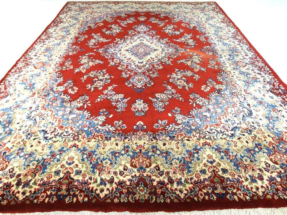 Handgeknoopt Tapijt Herkennen : Op zoek naar een modern perzisch tapijt brokking